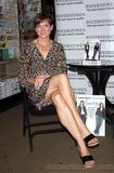Fiona Bruce  - Promoting her book - 7x MQ