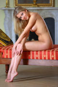 http://img20.imagevenue.com/loc186/th_158761683_MetArt_Tmena_Barbara_D_medium_0066_123_186lo.jpg