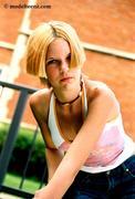 http://img20.imagevenue.com/loc337/th_598861495_Krissie_RWE820_R5_17A_122_337lo.jpg