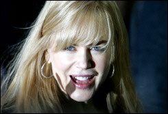 th 54650 Nicole Kidman 122 353lo Robbie Williams tells Nicole Kidman to give moral support to her troubled country crooner hubby 