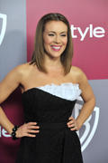 http://img20.imagevenue.com/loc598/th_79176_Alyssa_Milano_at_2011_InStyleWarner_Brothers_Golden_Globes_Party5_122_598lo.jpg